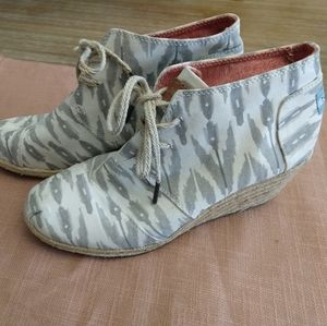 Toms Wedge Booties - Espadrilles